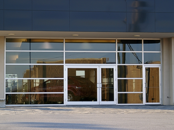 Showroom Entrance \u2022 Lincoln Merccury Showroom & Aluminum Entrance Door Systems | Coral Coral Architectural Products hi
